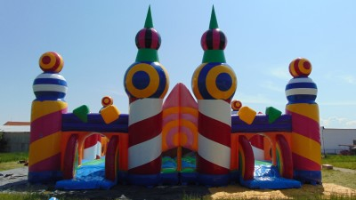 The Biggest Bouncy Castle In The World